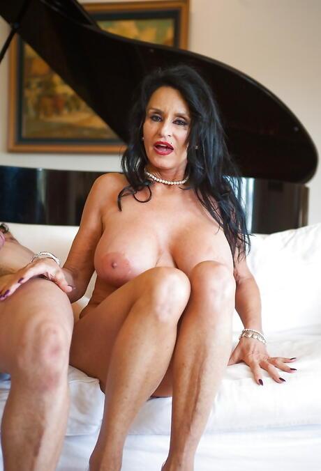 Pornstar Mature Tits Pictures