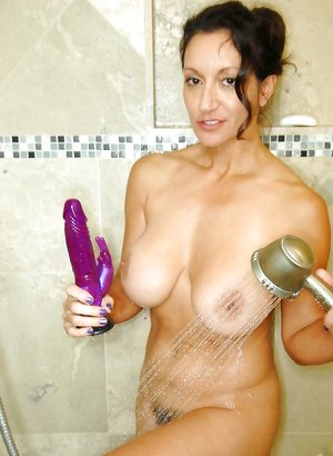 Wet Mature Pictures