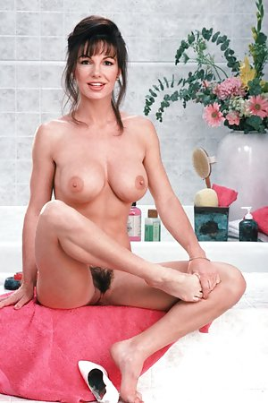Mature in Bath Pictures
