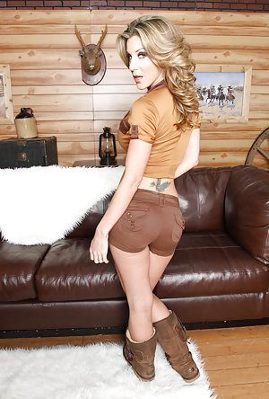Shorts Pictures