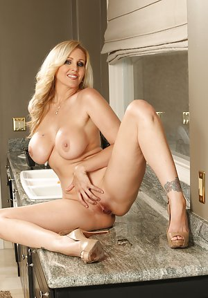 Housewife Mature Pictures