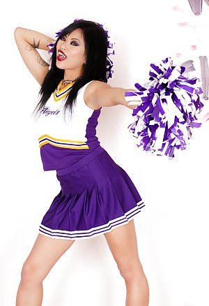 Mature Cheerleader Pictures