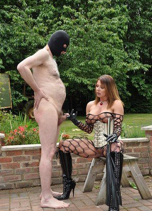 Mature Mistress Pictures