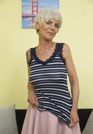 Skinny Mature Girls Pictures