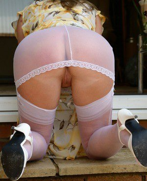 Mature Stockings Pictures